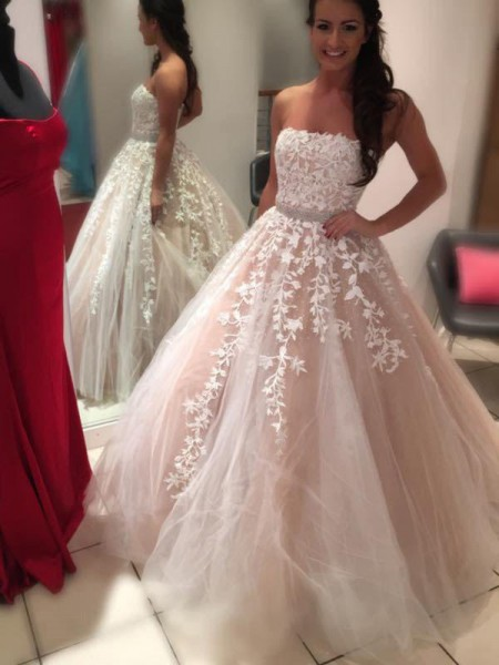 Ball Gown Strapless Floor-Length Sleeveless Applique Tulle Wedding Dresses