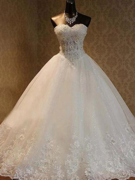Ball Gown Tulle Sweetheart Sleeveless Beading Floor-Length Wedding Dresses