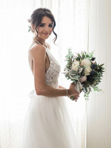 A-Line/Princess Lace Tulle Halter Floor-Length Sleeveless Wedding Dresses