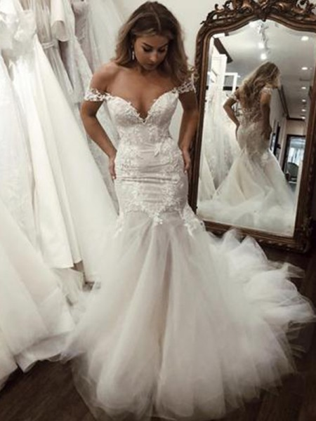 Trumpet/Mermaid Applique Sweep/Brush Train Off-the-Shoulder Sleeveless Tulle Wedding Dresses