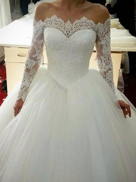 Ball Gown Applique Sweep/Brush Train Off-the-Shoulder Long Sleeves Tulle Wedding Dresses