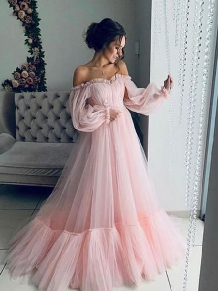 A-Line/Princess Long Sleeves Tulle Off-the-Shoulder Sweep/Brush Train Applique Dresses