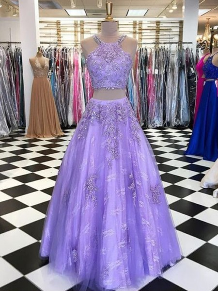 A-Line/Princess Sleeveless Tulle Halter Floor-Length Beading Dresses