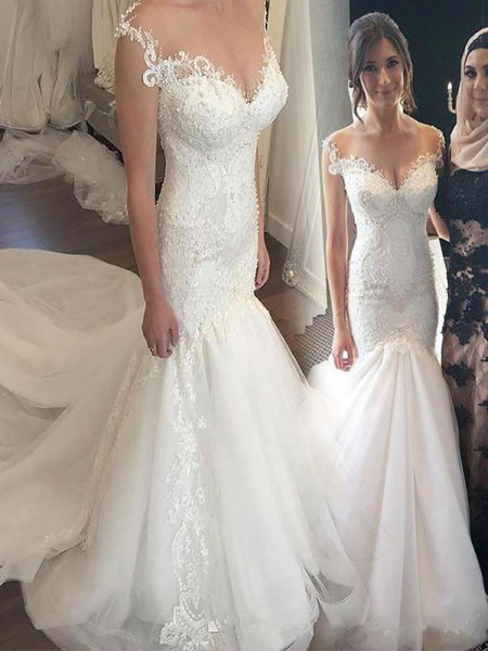 Trumpet/Mermaid Tulle Off-the-Shoulder Sleeveless Chapel Train Wedding Dresses