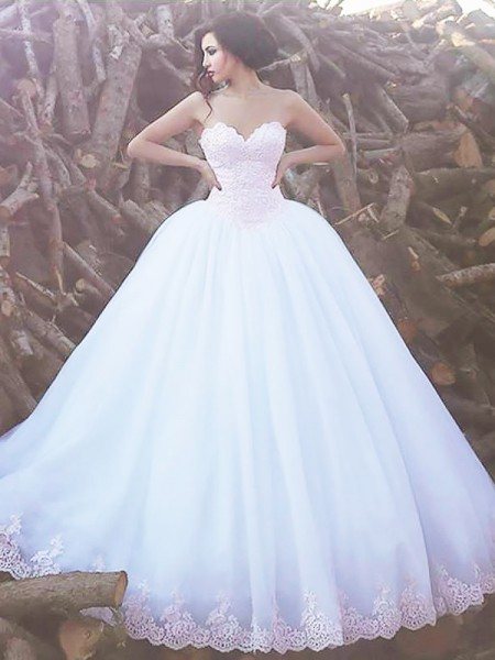 Ball Gown Organza Sweetheart Sleeveless Sweep/Brush Train Wedding Dresses