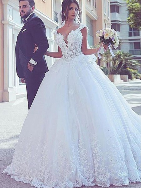 Ball Gown Lace Tulle Sweep/Brush Train Sleeveless Sweetheart Wedding Dresses