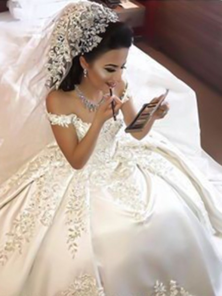 Ball Gown Applique Satin Sweep/Brush Train Sleeveless Off-the-Shoulder Wedding Dresses