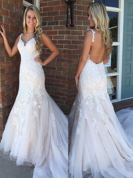 Trumpet/Mermaid Applique Tulle Sweep/Brush Train Sleeveless V-neck Wedding Dresses