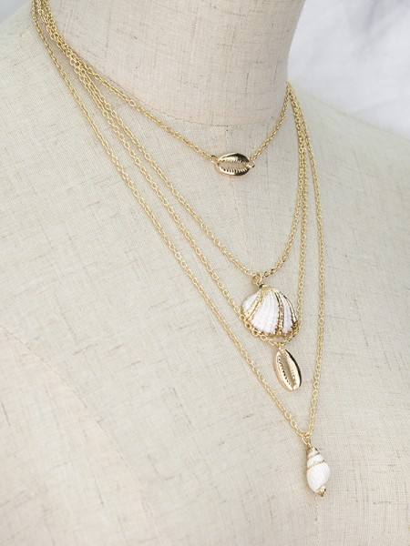 Elegant Women's Necklaces Alloy With Shell