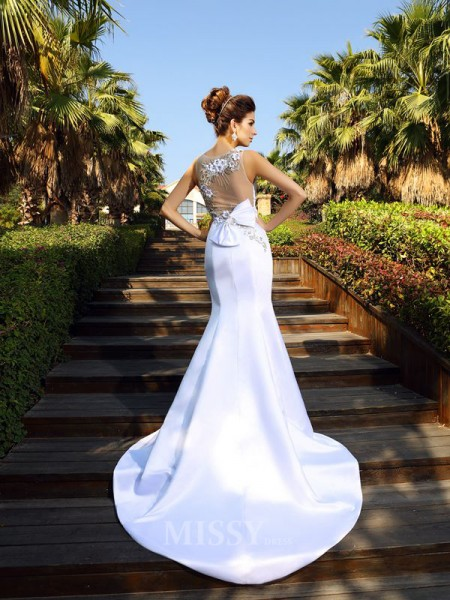 Trumpet/Mermaid Scoop Court Train Satin Dress With Beading