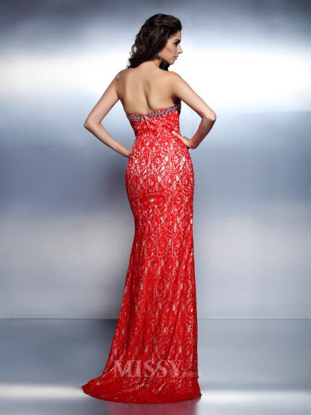 Trumpet/Mermaid Sweetheart Floor-Length Lace Dress With Beading