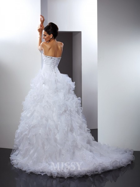 Ball Gown Sweetheart Cathedral Train Organza Wedding Dress With Beading