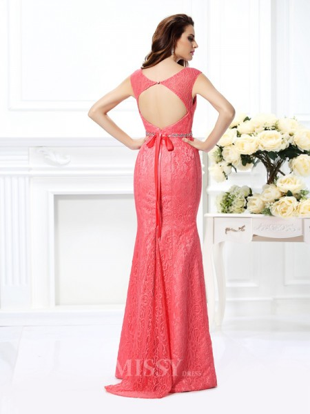 Trumpet/Mermaid Bateau Floor-Length Lace Dress With Pleats Beading