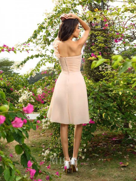 A-Line/Princess One-Shoulder Chiffon Knee-Length Bridesmaid Dress With Pleats Ruched