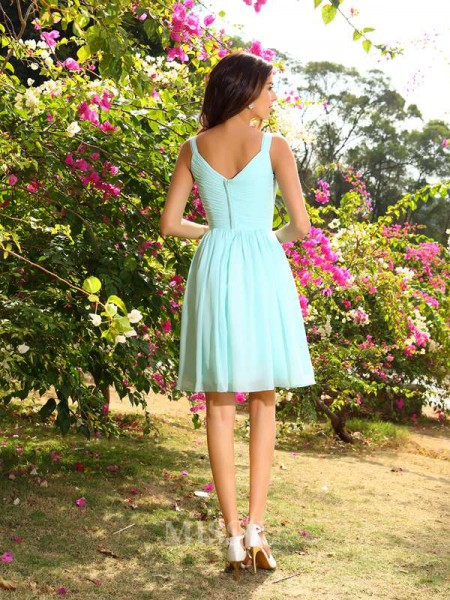 A-Line/Princess Straps Chiffon Ruched Knee-Length Bridesmaid Dress With Ruched