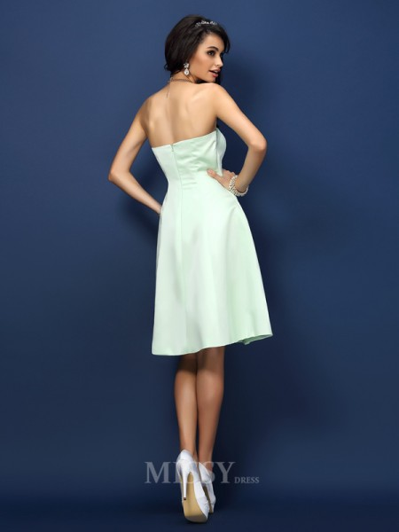 A-Line/Princess Strapless Knee-Length Satin Bridesmaid Dress With Embroidery
