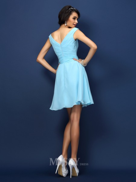 A-Line/Princess V-neck Short/Mini Chiffon Bridesmaid Dress With Ruched Bowknot
