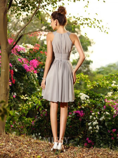 A-Line/Princess Chiffon Knee-Length Scoop Bridesmaid Dress With Beading Hand-Made Flower