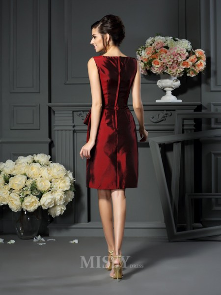 Sheath/Column Scoop Knee-Length Pleats Taffeta Mother Of The Bride Dress With Ruffles