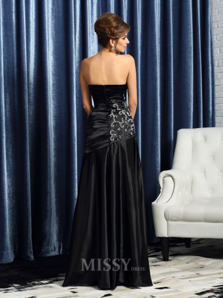 A-Line/Princess Sweetheart Satin Floor-Length Mother Of The Bride Dress With Embroidery Beading