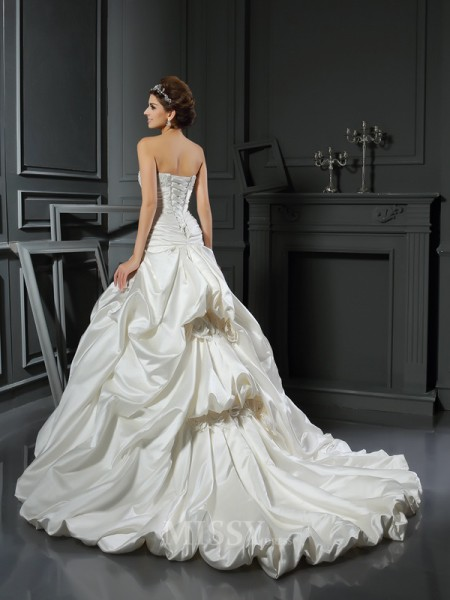 Ball Gown Sweetheart Satin Court Train Beading Wedding Gown With Lace Applique