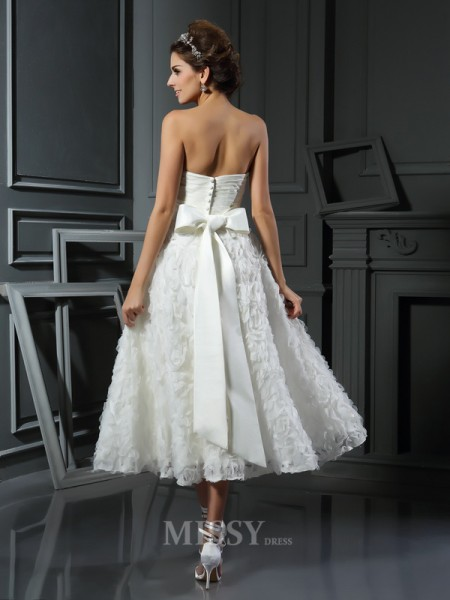 A-Line/Princess Sweetheart Satin Tea-Length Bowknot Wedding Dress With Embroidery