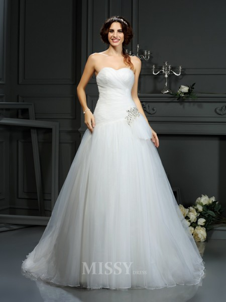 A-Line/Princess Sweetheart Court Train Organza Wedding Dress With Pleats Beading