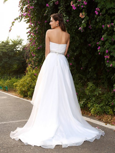 A-Line/Princess Sweetheart Asymmetrical Organza Wedding Gown With Beading