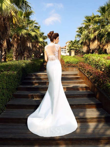 Trumpet/Mermaid High Neck Court Train Satin Dress With Lace