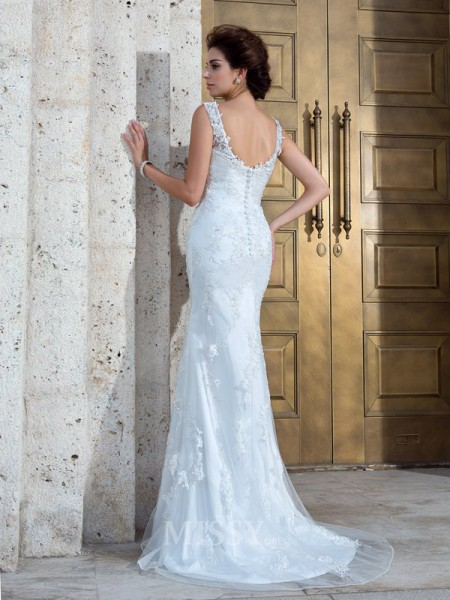Trumpet/Mermaid V-neck Sweep/Brush Train Net Wedding Dress With Beading Applique