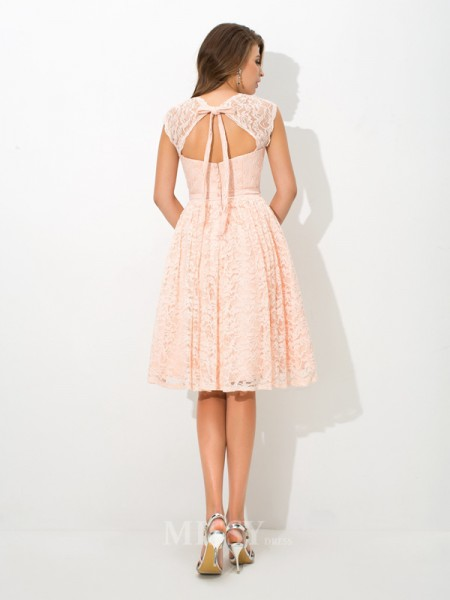 A-Line/Princess Straps Knee-Length Lace Bridesmaid Dress With Beading