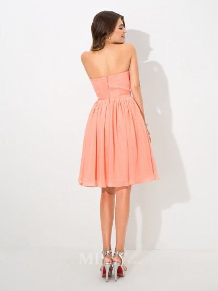 A-Line/Princess Sweetheart Pleats Knee-Length Chiffon Bridesmaid Dress With Ruffles