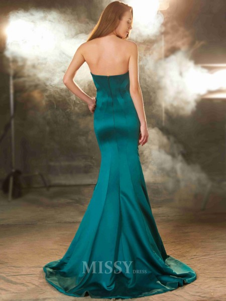 Trumpet/Mermaid Sweetheart Sleeveless Ruched Sweep/Brush Train Dress With Satin