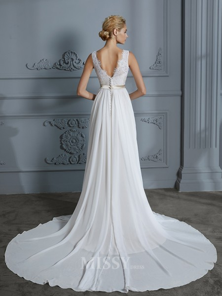 A-Line/Princess Sleeveless Court Train V-neck Chiffon Wedding Dresses