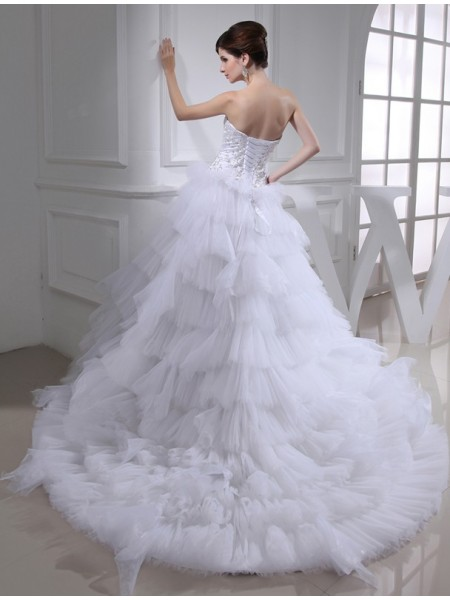 A-Line/Princess Beading Embroidery Sweetheart Chapel Train Sleeveless Satin Wedding Dresses