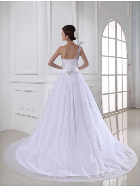 Ball Gown Beading One-Shoulder Chapel Train Sleeveless Satin Tulle Wedding Dresses