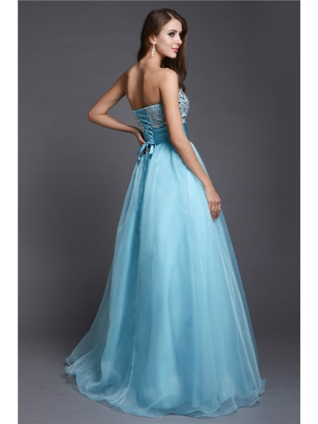 A-Line/Princess Beading Sweetheart Floor-Length Sleeveless Organza Dresses
