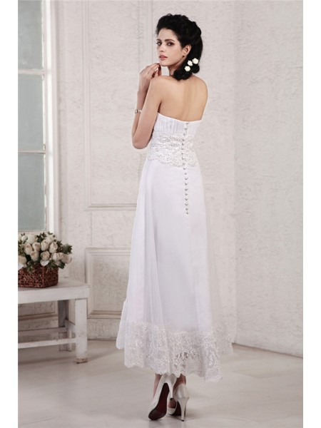 A-Line/Princess Pleats Beading Applique Strapless Tea-Length Sleeveless Chiffon Wedding Dresses