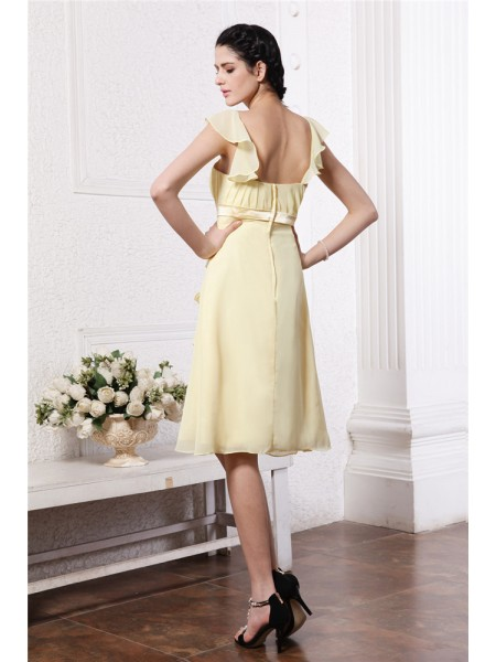 A-Line/Princess Ruffles Ruched Straps Knee-Length Sleeveless Chiffon Bridesmaid Dresses