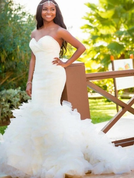Trumpet/Mermaid Sweetheart Court Train Organza Sleeveless Wedding Dresses