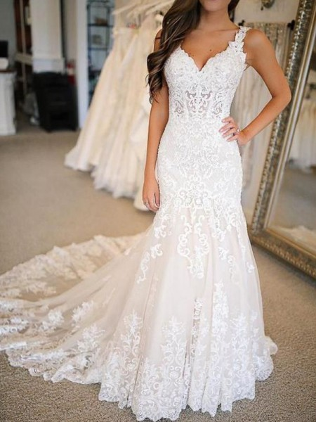 Trumpet/Mermaid Applique Sweep/Brush Train V-neck Sleeveless Tulle Wedding Dresses