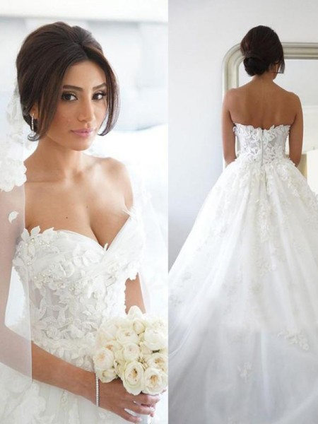 Ball Gown Applique Sweep/Brush Train Sweetheart Sleeveless Tulle Wedding Dresses