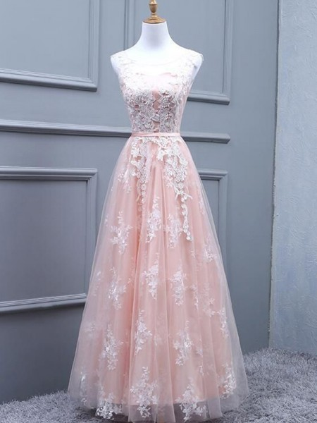 A-Line/Princess Sleeveless Tulle Scoop Floor-Length Applique Dresses