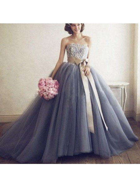 Ball Gown Tulle Sweetheart Sleeveless Sweep/Brush Train Applique Dresses