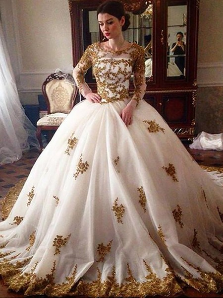 Ball Gown Tulle Scoop Long Sleeves Court Train Wedding Dresses