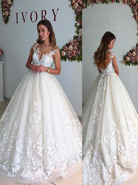 A-Line/Princess Tulle V-neck Sleeveless Court Train Wedding Dresses